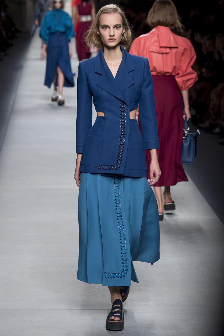 пиджак и юбка Fendi