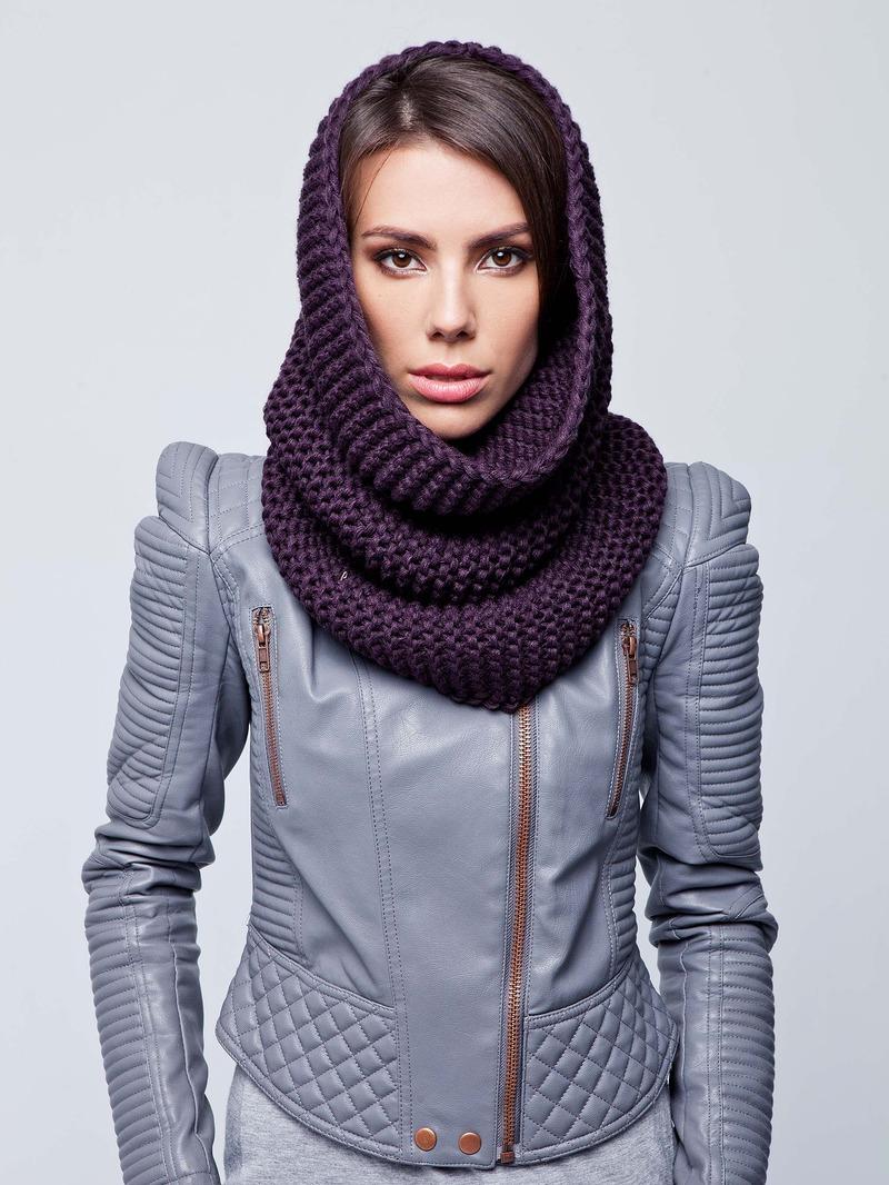 кожаная куртка и шарф