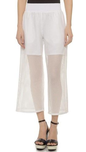 легкие белые брюки