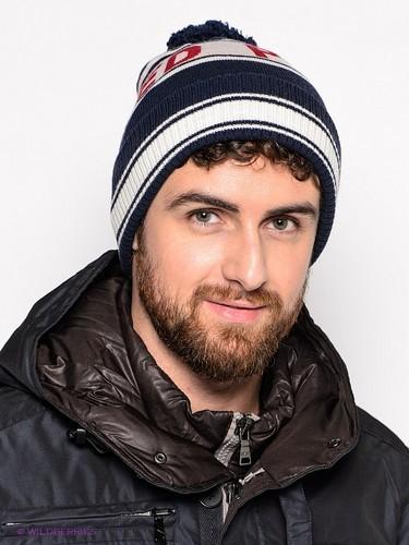 облегающая мужская шапка