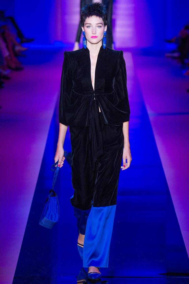 сине-черный костюм женский