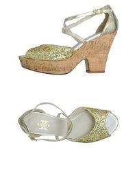 Босоножки на платформе X Shoes
