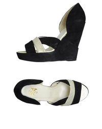 Обувь на танкетке X Shoes