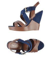 Обувь на танкетке Miezko