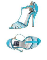 Босоножки на каблуке Zoraide
