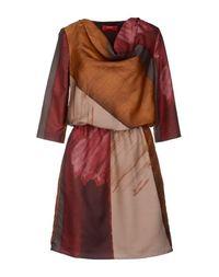 Короткое платье Lavia18