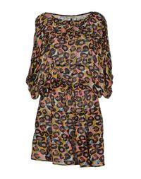Короткое платье Tucker
