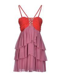 Короткое платье Lipsy