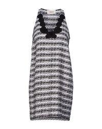 Короткое платье Tomaso