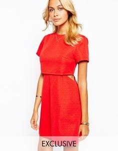 Двухслойное платье со складкой спереди Fashion Union Aline - Красный
