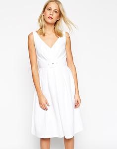 Платье для выпускного в стиле 50-х с поясом ASOS - Синий
