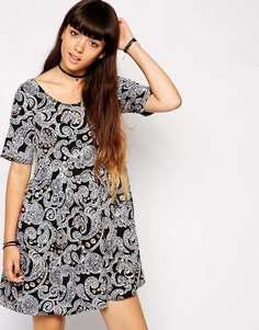 Свободное платье с узором пейсли ASOS - Черный