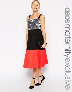 Короткое приталенное платье для беременных с верхом с монохромным цвет