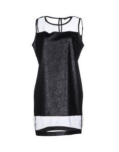 Короткое платье Lola MAY