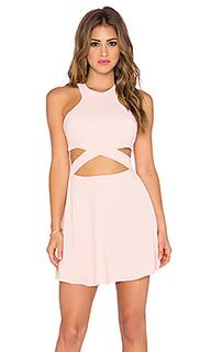 Приталенное и расклешенное платье chromat - NBD