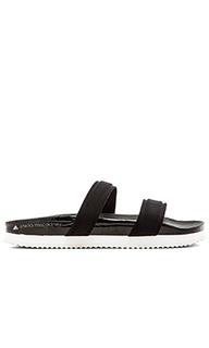 Сандалии slide - adidas by Stella McCartney