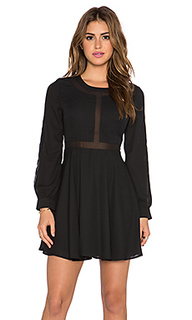 Обегающее сверху и плиссированное от пояса платье - Lucca Couture