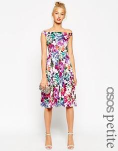 Платье миди для выпускного с цветочным принтом ASOS PETITE - Мульти