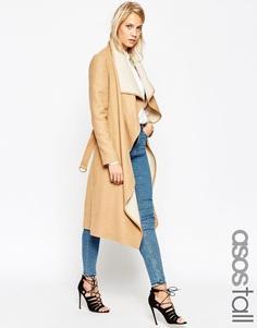 Пальто с каскадной драпировкой спереди и поясом ASOS TALL - Кэмел