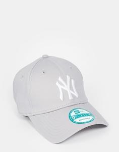 Кепка с регулируемым ремешком New Era 9Forty NY - Серый