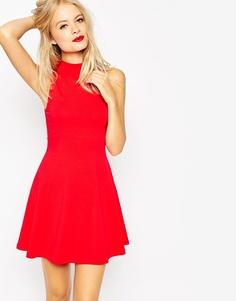 Платье с высокой горловиной ASOS - Красный