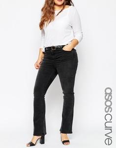 Слегка расклешенные черные джинсы ASOS CURVE - Выбеленный черный
