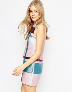 Блестящее цельнокройное платье мини с геометрическим принтом ASOS