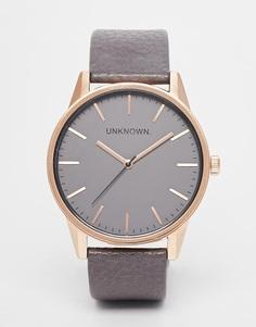 Классические часы с серым кожаным ремешком UNKNOWN - Серый