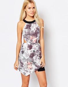 Платье с цветочным принтом и вырезом сердечком Style Stalker - Мульти Stylestalker