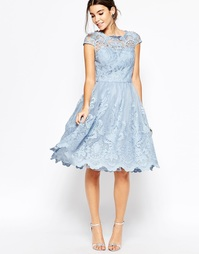 Кружевное платье для выпускного с широкой горловиной Chi Chi London Pr