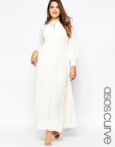 Платье макси в стиле 70‑х с отделкой на плечах ASOS CURVE - Кремовый