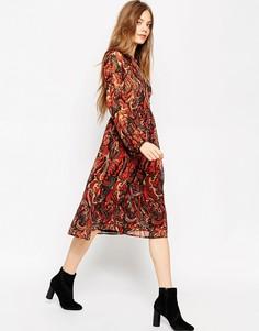 Платье миди с длинными рукавами и принтом в стиле фолк ASOS - Мульти