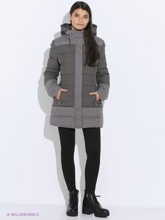 Куртки EA7