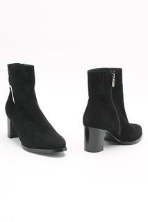 Ботинки T