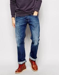 Умеренно выбеленные джинсы с легким клешем Diesel Zatiny 8XR - Синий
