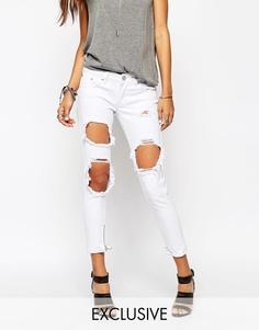 Сильно порванные зауженные джинсы с рваными коленками Liquor & Poker - Белый