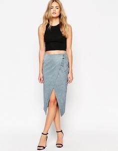 Замшевая юбка-карандаш с запахом и D-образной пряжкой ASOS - Синий
