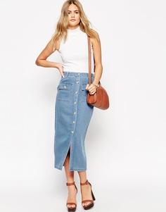 Джинсовая юбка миди с накладными карманами ASOS - Светло-голубой
