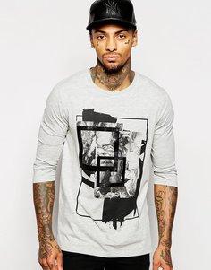 Длинная футболка с рукавами 3/4 и абстрактным принтом ASOS - Серый меланж