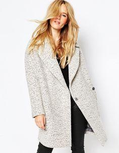 Фактурное шерстяное пальто-кокон ASOS - Черно-белый