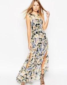 Платье макси с принтом роз Needle & Thread - Фарфоровый розовый принт