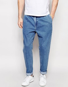 Голубые прямые джинсы с двумя складками ASOS - Светло-голубой