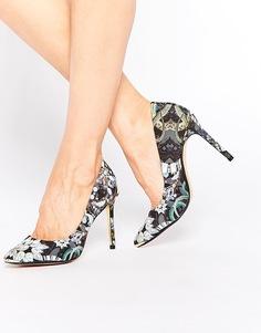 Атласные туфли‑лодочки со змеиным принтом Ted Baker Laorel - Precious