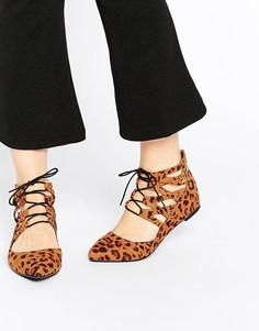 Балетки со шнуровкой ASOS LEVEL UP - Leopard