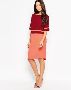 Цельнокройное платье колор блок Minimum - 470 темно-красный