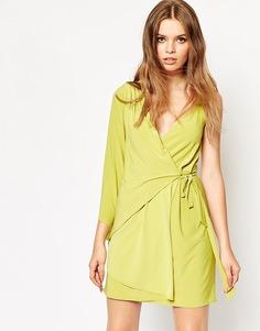Асимметричное платье мини на одно плечо с запахом ASOS - Лайм