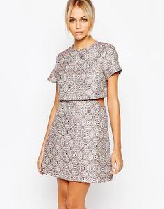 Парчовое платье-трапеция Fashion Union - Розовый