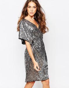 Платье с рукавами-кимоно и отделкой пайетками First & I - Серебристые пайетки