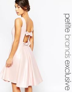 Платье для выпускного с бантом сзади John Zack Petite - Розовый