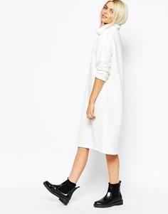 Платье с высоким воротом Monki - Белый